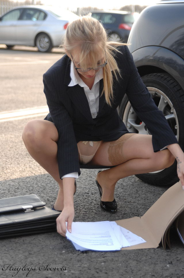 Were businesse woman upskirt gallery