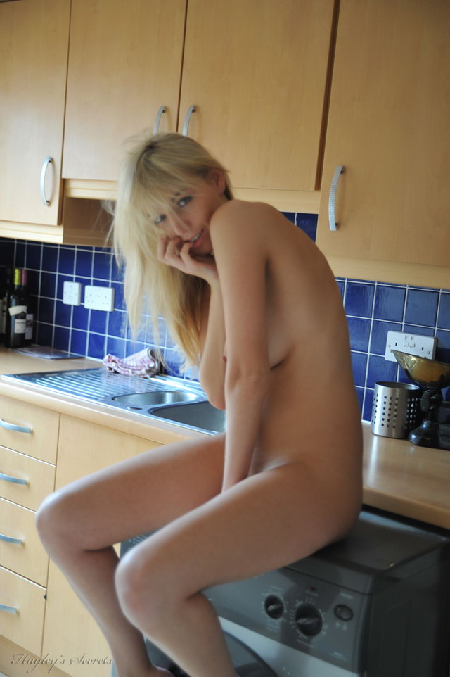 Interesting moment Girl on washing machine nude